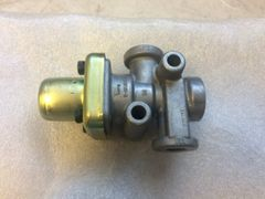 BENDIX AIR MANIFOLD T-290501-D NOS