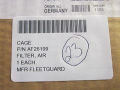 1 AIR FILTER P/N AF26199 NOS