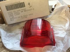 MULTI-VEHICLE LIGHT LENS (RED) MS35421-2, 5220-00-299-7426 NOS