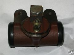 M35 WHEEL CYLINDER 7411010 MILITARY NOS