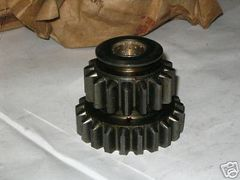 M151 JEEP REVERSE GEAR CLUSTER 8754242, 3020-00-678-1761 NOS
