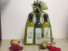 Trio gift sets (Tuscan Herb Olive Oil, 18 years aged Balsamic Vinegar & Lemon Olive Oil )
