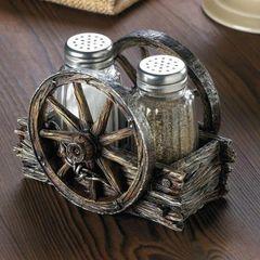 Wagon Wheel Salt and Pepper Set