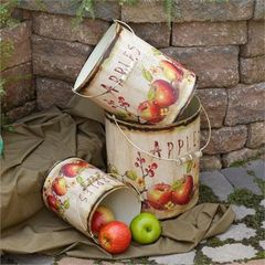 Buckets - Apples Nested