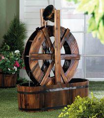 Wood Wagon Wheel Outdoor Garden Fountain
