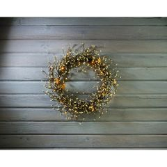 LIGHTED WHITE PIPBERRY WREATH