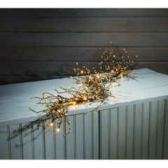 LIGHTED WHITE PIPBERRY GARLAND