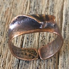Secret Spot wave ring in bronze (medium)