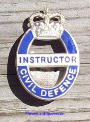BRITISH CIVIL DEFENSE INSTRUCTOR PIN - POST 1952