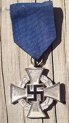 WW II GERMAN FAITHFUL SERVICE DECORATION - 25 YEARS