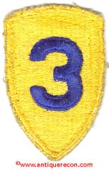 WW II US ARMY 3rd CAVALRY DIVISION PATCH - COLOR VARIANT