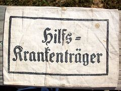 WW II GERMAN STRETCHER BEARER ARM BAND