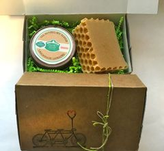 Gift Box - Handcrafted Soap Bar and Soy Aromatherapy Candle