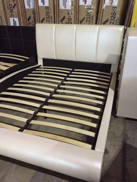 9212 Qn 1pc Ivory Pearl Platform Bed Discount