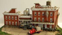 HO Original Howard Zane Tucker Company Diorama - Collectible