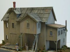 Miller Brothers Lumber Supply - HO Scale Craftsman KIT - BACK IN STOCK!!!