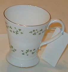 Shamrock Trellis Flared Mug