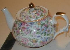 Chintz Bone Tea pot 6 cup