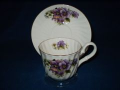 Pansy cup and saucer Royal Patrician