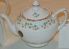 Shamrock Tea Pot Trellis