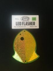Small Leo Flasher Chartreuse Plastic / Crushed Pearl