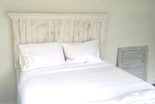 Pallet wood headboard with crown molding shelf | Vintage ...