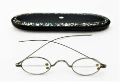 Civil War Eyeglasses and Case