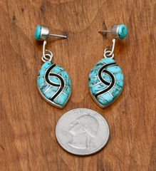 Amy Quandelacy inlaid Zuni two-piece hummingbird earrings!