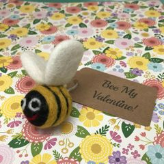 Felt Bee Keyring - Bee My Valentine