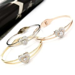 Stainless Steel CZ CRYSTAL HEART Bangle . SSB50343