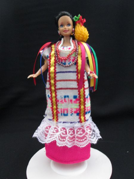 FLOR DE PIÑA COLLECTION DOLL