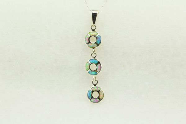 "Sterling silver pink, white and blue opal inlay 3 tier oval pendant with sterling silver 18"" figaro chain. N247"