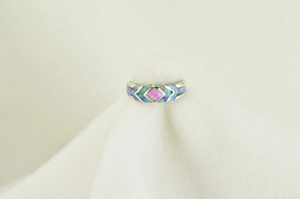 Sterling silver pink opal inlay ring. R099