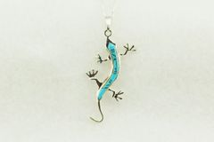 "Sterling silver turquoise inlay lizard pendant with sterling silver 18"" figaro chain. N197"