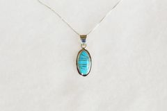 "Sterling silver turquoise inlay oval pendant with sterling silver 18"" box chain. N087."