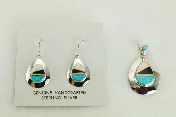 Sterling silver white opal, blue opal and black onyx inlay raindrop earrings and pendant set. S336