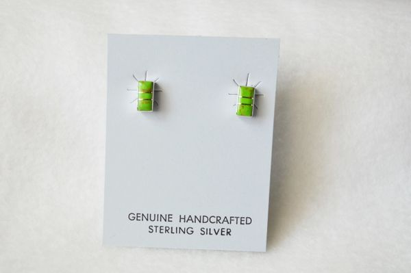 Sterling silver gaspeite inlay rectangle post earrings. E157