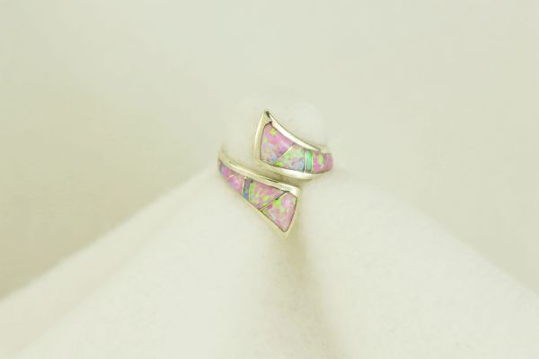 Sterling silver pink opal inlay ring. R106