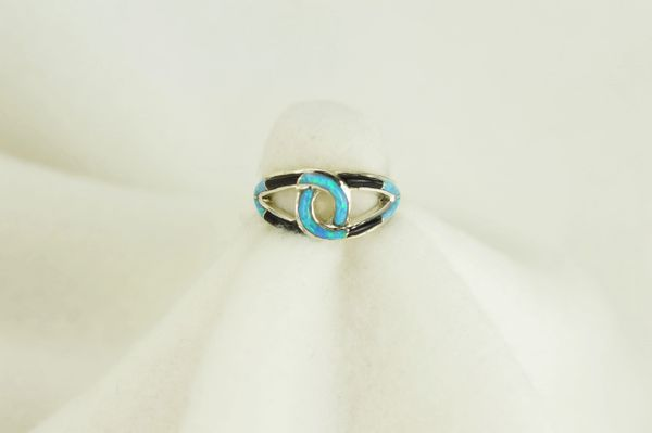 Sterling silver black onyx and blue opal inlay ring. R060