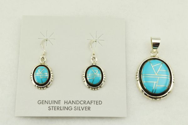 Sterling silver turquoise inlay oval with edge earrings and pendant set. S239