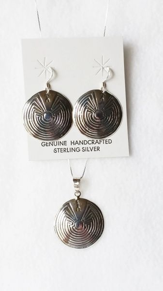 """Sterling silver man in the maze oval dangle earrings and 18"""" sterling silver box chain necklace set. S053"""