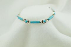 """Sterling silver turquoise inlay link 8"""" bracelet. B041"""