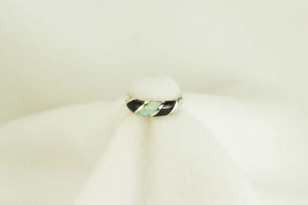 Sterling silver black onyx and white opal inlay ring. R072