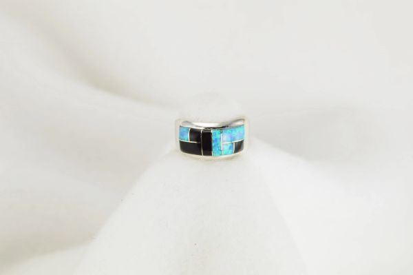 Sterling silver black onyx and blue opal inlay ring. R050