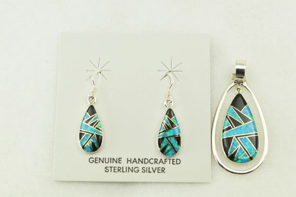 Sterling silver black onyx and blue opal inlay raindrop earrings and pendant set. S222
