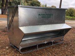 Australian Made grain feeders 2900ltr (2ton) x 2.4m long Heavy Duty