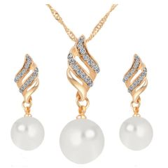Rhinestone Pearl Necklace & Earring Set