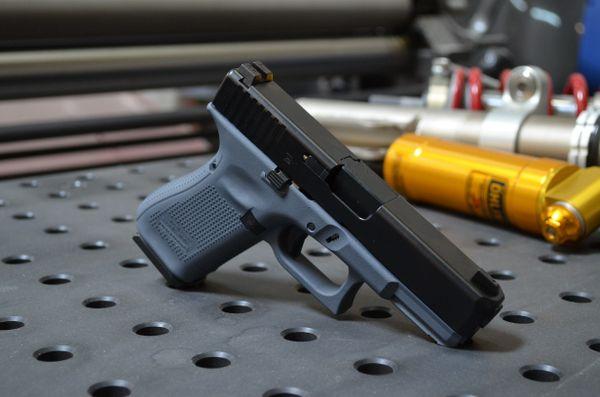 X-Werks Glock 19 G5 w/Glock Gray Frame & Night sights