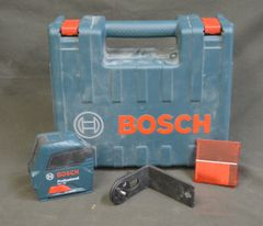 Bosch Professional 1.5v Self-Leveling Cross-Line Laser with Batteries GLL55