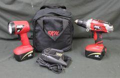 SKIL CORDLESS 18 VOLT TOOL SET- XDrive drill & WORK LIGHT